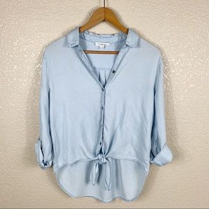 BeachLunchLounge button up top size M long sleeve
